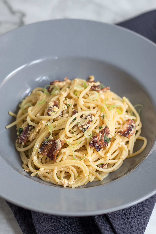 Spaghetti Carbonara Pasta-Gericht Italienisch