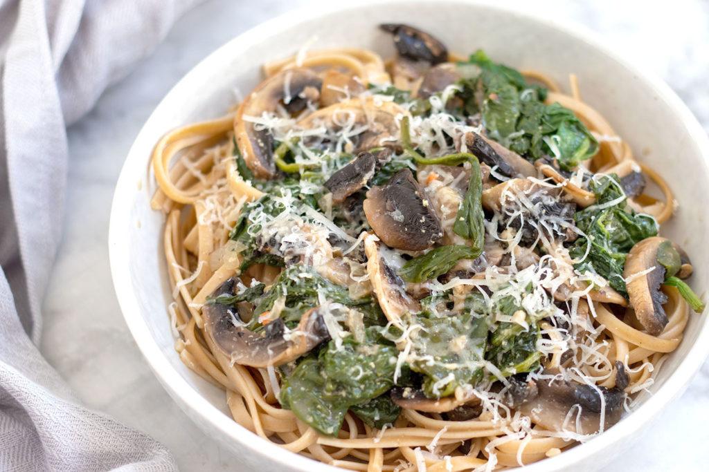 Pilz Nudeln mit Spinat
