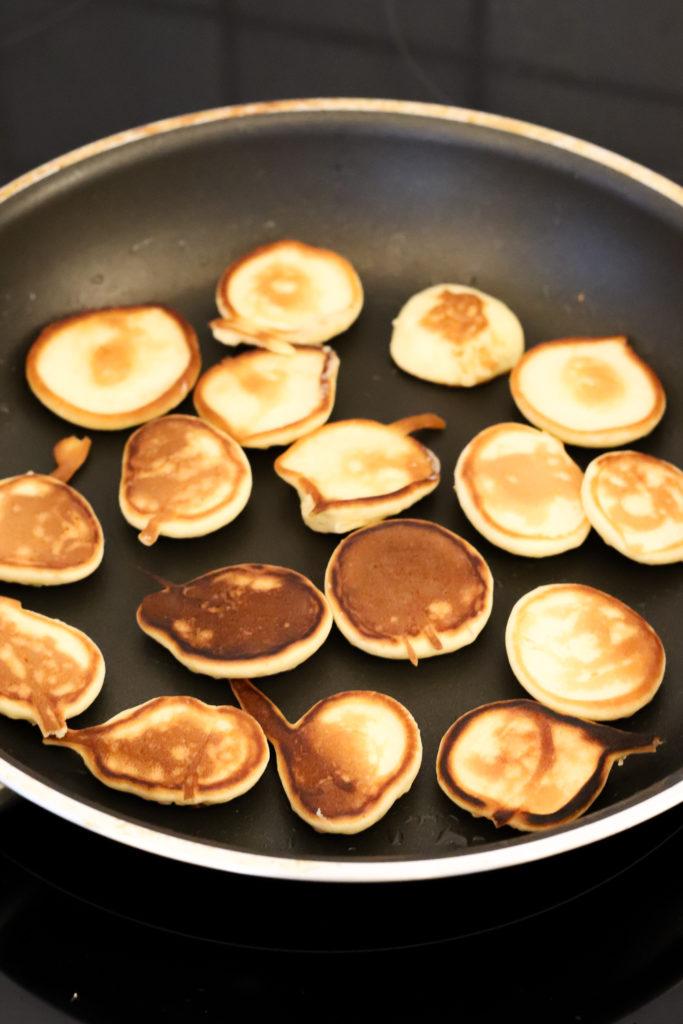 Pancake Cereal ausbacken mit Öl oder Kokosfett