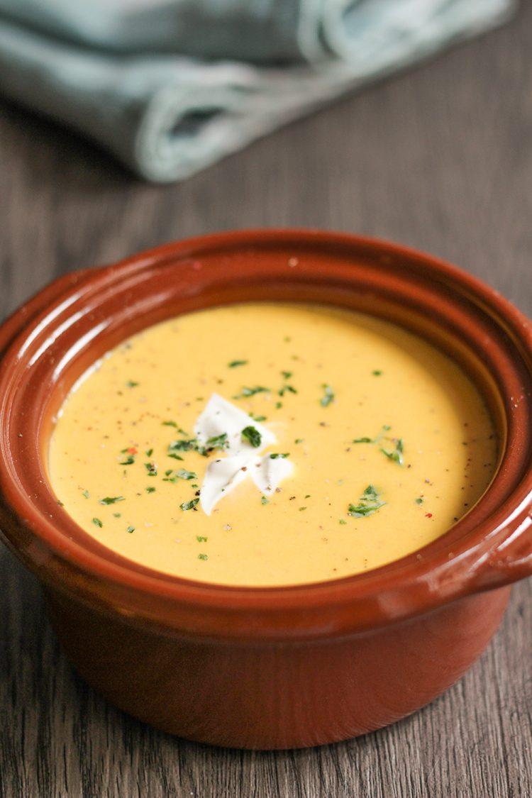 Hokkaido Kürbis Suppe mit Creme Fraiche